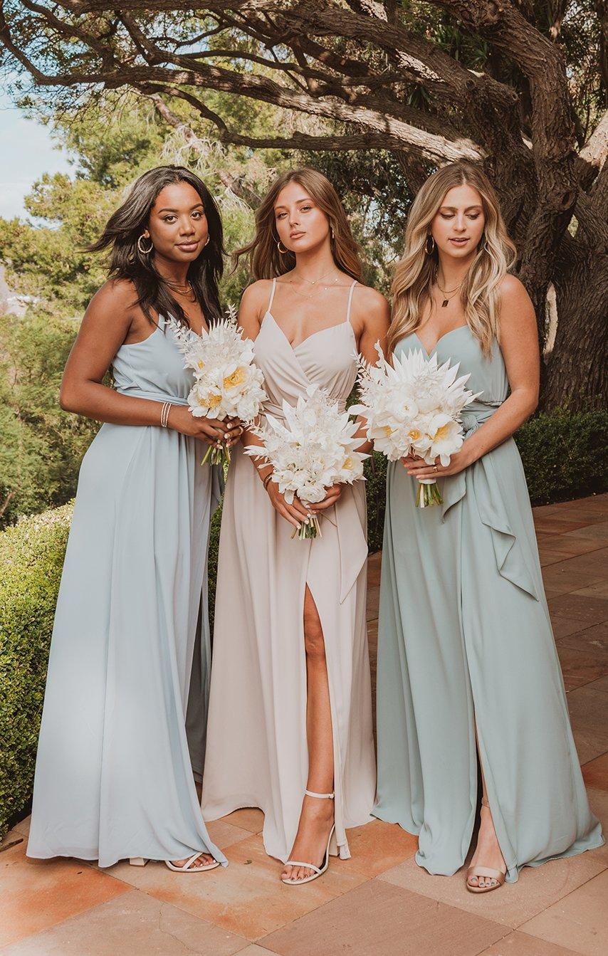 bridesmaid dresses, bridesmaid dress ideas, bridesmaid dress colors, bridesmaid dress styles, blue bridesmaid dress