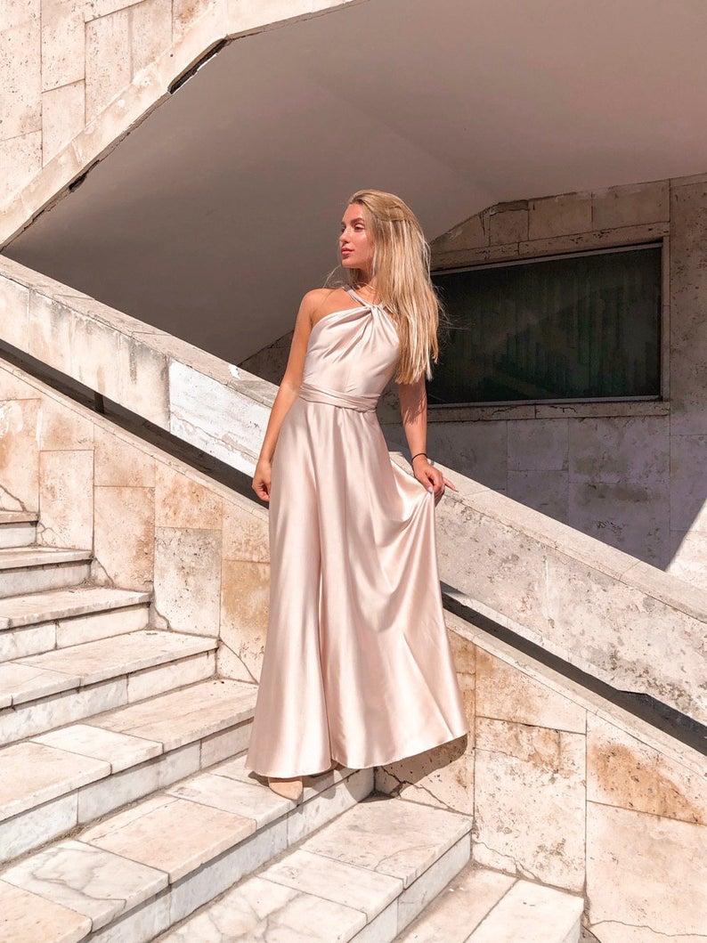 bridesmaid dresses, bridesmaid dress ideas, bridesmaid dress colors, bridesmaid dress styles, satin bridesmaid dress, maxi bridesmaid dress, halter bridesmaid dress