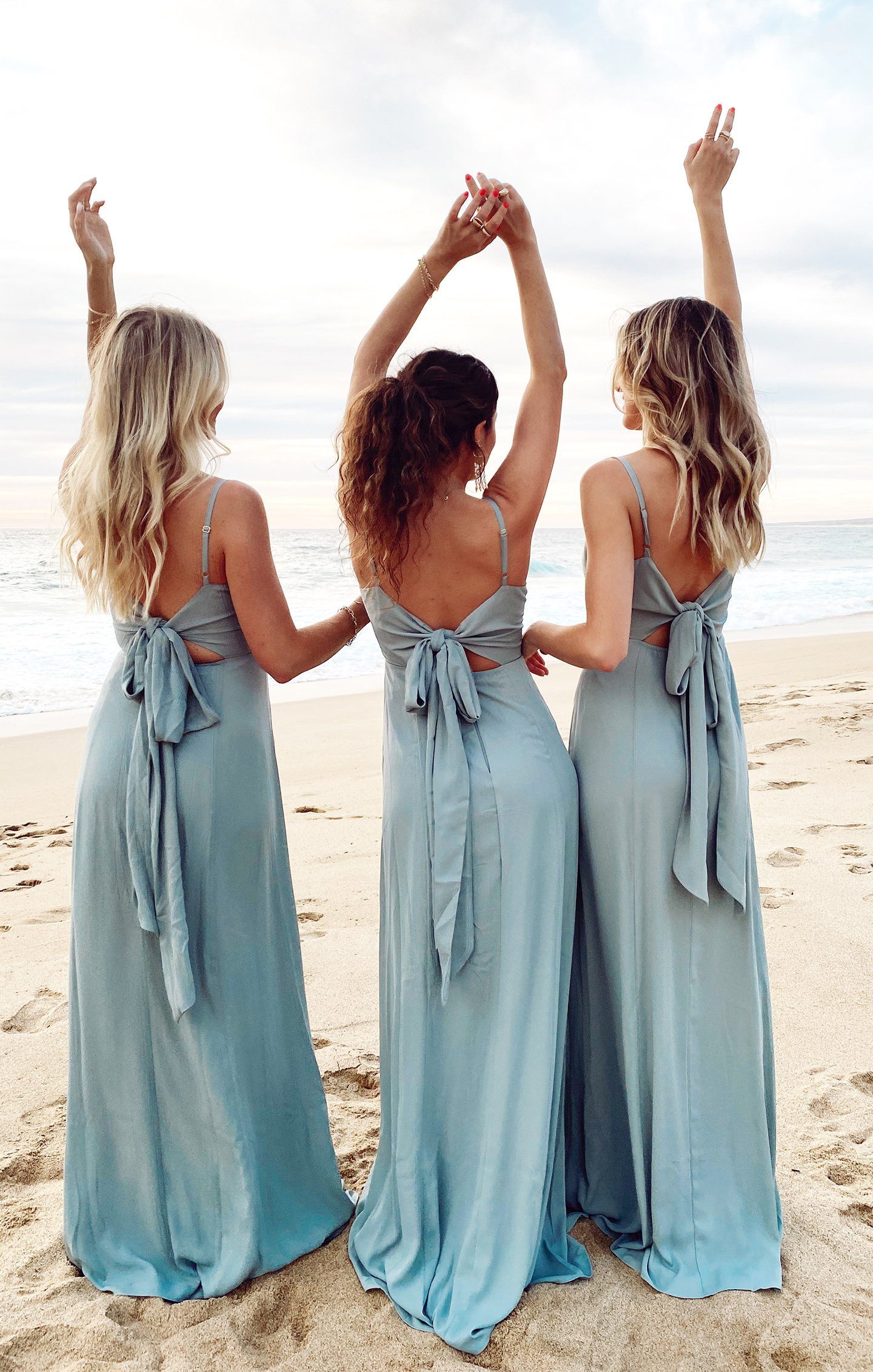 bridesmaid dresses, bridesmaid dress ideas, bridesmaid dress colors, bridesmaid dress styles, affordable bridesmaid dress, blue bridesmaid dress, bow bridesmaid dress, maxi bridesmaid dress