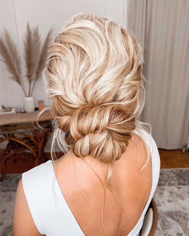 bridesmaid hair, bridesmaid hairstyles, bridesmaid hair updo, bridesmaid hairstyles updo, bridesmaid updo for long hair, bridesmaid hair, bridesmaid hair updo