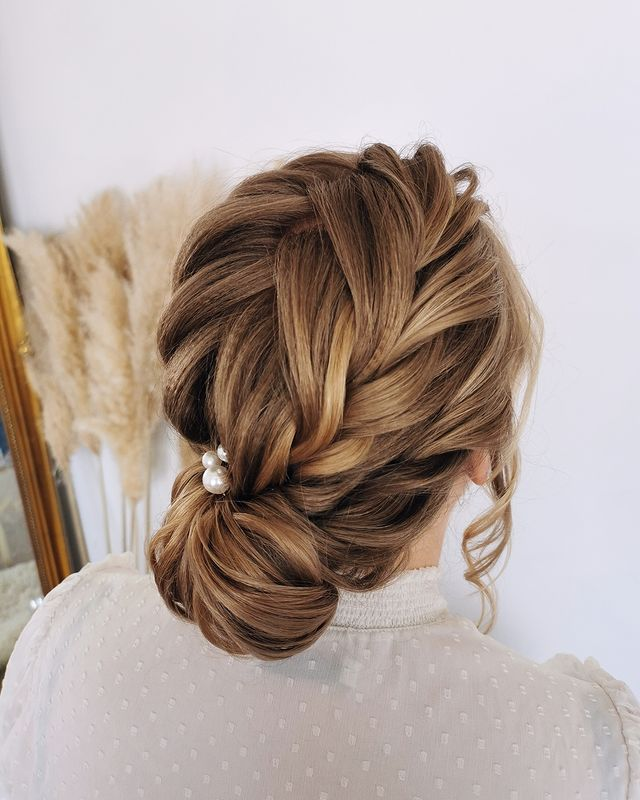 bridesmaid hair, bridesmaid hairstyles, bridesmaid hair updo, bridesmaid hairstyles updo, bridesmaid updo for long hair, bridesmaid hair, bridesmaid hair updo, simple bridesmaid hair, cute bridesmaid hair, pretty bridesmaid hair, bridesmaid hairstyle with braid