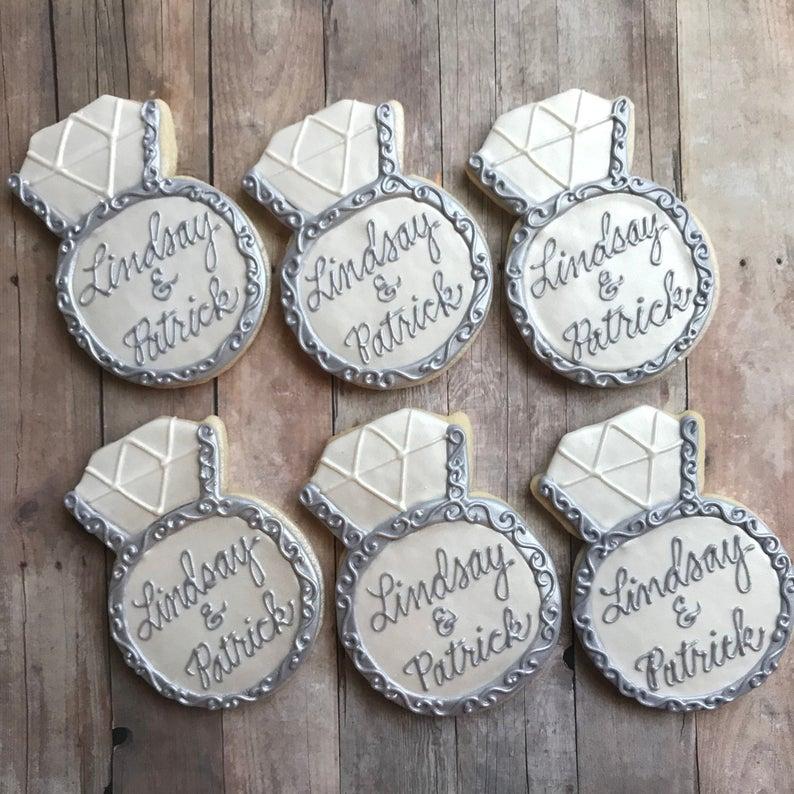 wedding sugar cookies, wedding shower cookies, bridal shower foods, bridal shower cookies, wedding favours, decorated wedding shower cookies, ring cookies, engagement ring cookies