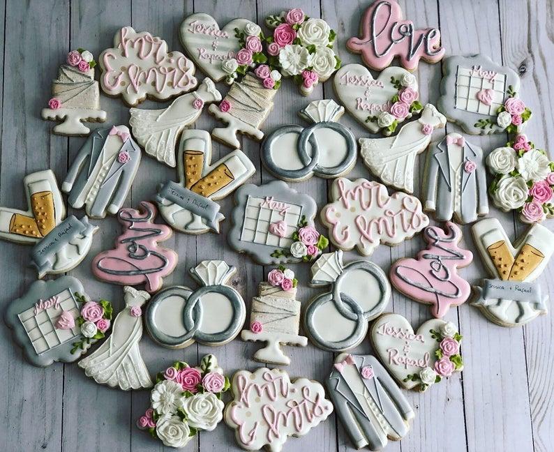 wedding sugar cookies, wedding shower cookies, bridal shower foods, bridal shower cookies, wedding favours, decorated wedding shower cookies, wedding cookies, save the date cookies