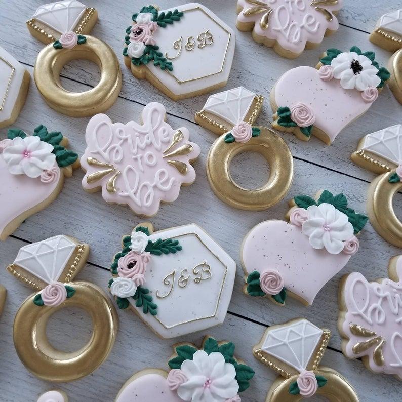 wedding sugar cookies, wedding shower cookies, engagement ring cookies, bride to be cookies, bridal shower foods, bridal shower cookies, wedding favours, decorated wedding shower cookies