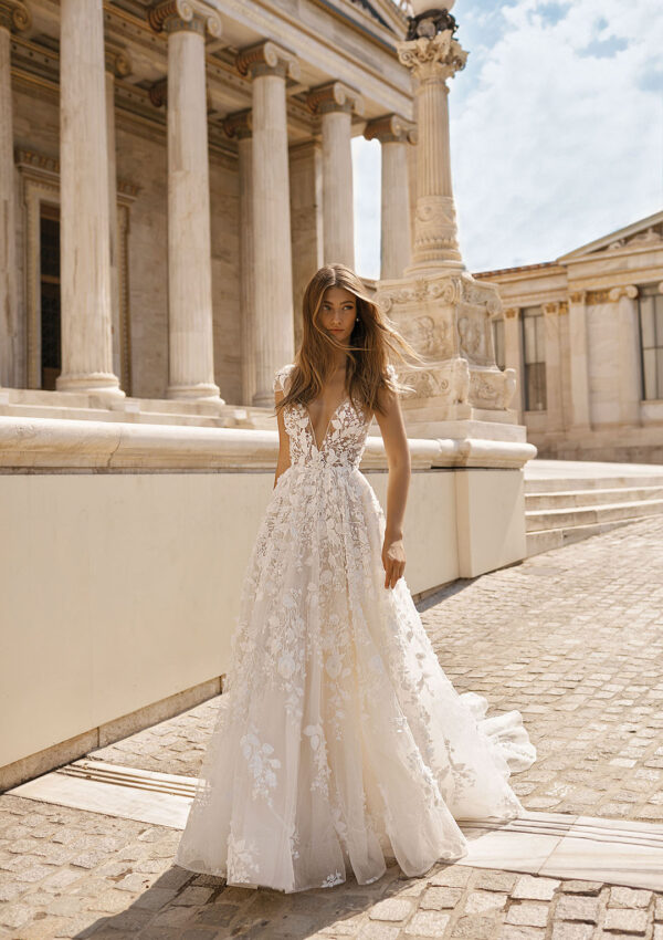 30+ Magical Berta Wedding Dresses that Stun!